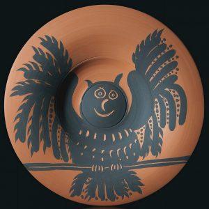Pablo Picasso Ceramic, Hibou aux ailes déployées (Owl with spread wings), 1957