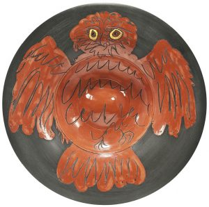 Pablo Picasso Ceramic, Hibou rouge sur fond noir (Red Owl on Black Ground), 1957