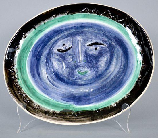 Pablo Picasso Ceramic, Visage dans un ovale (Face in an Oval), 1955