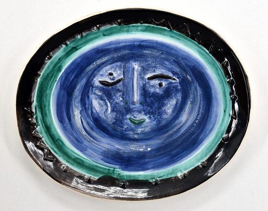 Pablo Picasso Ceramic, Visage dans un ovale (Face in an Oval), 1955 A.R. 273