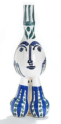 Pablo Picasso tripod ceramic with white earthenware and glaze. A.R. 125